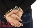 Khởi tố, bắt tạm giam đối tượng đập kính ô tô, trộm cắp tài sản