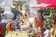 Cộng đồng người Việt Nam tại Lào mừng Đại lễ Phật đản
