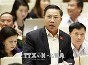 Ủy ban Kiểm tra cấp huyện có quyền cấm đảng viên xuất cảnh