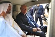 Tổng thống Nga Putin 'khoe xế hộp mới' với Hoàng Thái tử Abu Dhabi