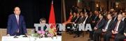 Thủ tướng gặp gỡ cán bộ Đại sứ quán và cộng đồng kiều bào Việt Nam tại Canada