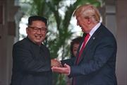 Chùm ảnh hai nhà lãnh đạo Mỹ-Triều thân thiết trong lần đầu gặp mặt