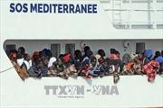 Tổng thống Pháp chỉ trích Italy hành xử thiếu tránh nhiệm trong vấn đề người di cư