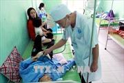 Đi ăn liên hoan, 32 người nhập viện nghi bị ngộ độc thực phẩm