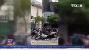Khởi tố 4 đối tượng đập phá xe cảnh sát