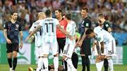 Argentina tệ nhất nhiều năm qua. Messi như 'vật thể lạ'