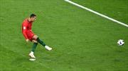 WORLD CUP 2018: Ronaldo sút hỏng penalty vì bắt chước Messi, không chịu nổi áp lực từ... Harry Kane
