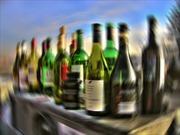 Sau bữa tiệc, 6 người đàn ông tử vong do ngộ độc rượu