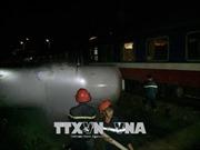 Nghệ An: Xe bồn chở gas va chạm với tàu hỏa làm 4 người bị thương