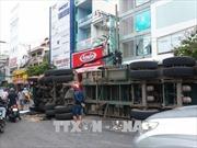Lật xe container gây kẹt xe nhiều giờ liền tại TP Hồ Chí Minh