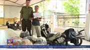 Công an Hà Tĩnh bắt đối tượng vận chuyển 215kg thuốc nổ và 1.000 kíp nổ