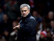 Mourinho lo ngại M.U mua sắm thất bại; Chelsea đàm phán mua 3 ngôi sao Juventus