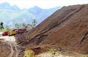 Xin khai thác 100.000 tấn quặng sắt để bán cho Trung Quốc