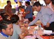 Gia Lai hỗ trợ 400 triệu đồng cho người dân tỉnh Attapeu (Lào) bị lũ lụt do vỡ đập