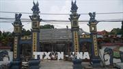 Hà Nội đình chỉ công trình bê tông hóa di tích 300 năm tuổi
