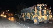 Không đạt thỏa thuận với Nga, Thổ Nhĩ Kỳ ùn ùn đưa vũ khí vào Syria nửa đêm