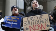 Vì sao phe Dân chủ 'ngó lơ' nhượng bộ của Tổng thống Trump để mở cửa lại chính phủ