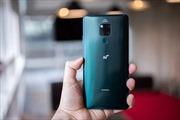 Smartphone 5G đầu tiên của Huawei 'tưng bừng' lên kệ với hơn 1 triệu khách đặt mua