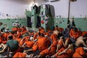 Hé lộ bên trong nhà tù giam khủng bố IS ở Đông Bắc Syria
