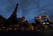 'Vương quốc sòng bài' Las Vegas đóng cửa, hàng ngàn người chật vật lo sinh kế