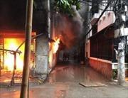 Một ngày hai vụ cháy, cơ sở sản xuất nệm và kho bao bì bị thiêu rụi