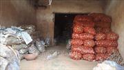 Đà Lạt không cho vận chuyển đất đỏ của địa phương vào chợ nông sản