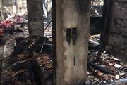 Hỏa hoạn thiêu rụi cửa hàng chăn ga gối đệm cùng căn nhà gỗ lim 3 gian