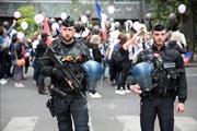 Nhiều nước khuyến cáo công dân không đến Pháp trong 2 ngày cuối tuần