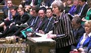 Cú bẻ lái bất ngờ của Thủ tướng Anh Theresa May