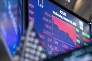 Triển vọng kinh tế thế giới 'u ám' phủ bóng lên các thị trường