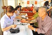 Khám bệnh, tư vấn sức khỏe cho nạn nhân chất độc da cam tại tỉnh Ninh Bình