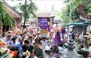 Hàng vạn du khách tham dự lễ hội đền Bảo Hà