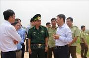 Bộ trưởng Bộ Công thương thị sát công tác phòng chống buôn lậu tại Long An