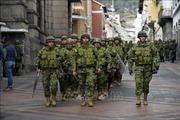 Quốc hội Ecuador tạm ngừng hoạt động
