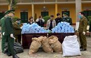 Bắt giữ 2 vụ vận chuyển hơn 27.000 khẩu trang y tế sang Trung Quốc