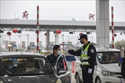 Doanh số bán xe chở khách của Trung Quốc giảm 92% trong nửa đầu tháng 2