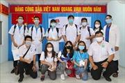 Sinh viên ngành y 'xung trận'chống dịch COVID-19