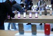 Apple mở lại cửa hàng đầu tiên ở bên ngoài Trung Quốc