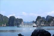 Du khách tới Quảng Ninh qua cảng hàng không Vân Đồn được miễn phí vé thăm quan Hạ Long và Yên Tử
