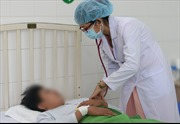 Nhiều người mắc sốt xuất huyết vẫn chủ quan