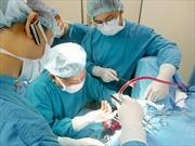 Hút 7 lít dịch trong bụng của người phụ nữ