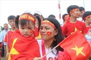 Nóng bỏng không khí chờ đón đội tuyển Olympic Việt Nam trở về tại sân bay Nội Bài