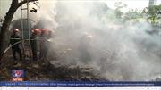 Khống chế cháy do dân đốt rác tại bán đảo Sơn Trà