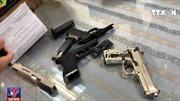 Bắt giữ hành khách vận chuyển 3 khẩu súng tại sân bay