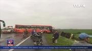 Tai nạn liên hoàn giữa 4 xe ô tô tại Nam Định