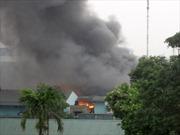 Cháy lớn tại Công ty Armephaco Hà Nội