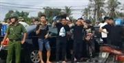 Đồng Nai đình chỉ 2 cán bộ công an trong vụ bao vây xe