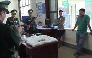 Khởi tố vụ án 16 kg ma túy đá ngụy trang trên xe khách ở Bình Phước