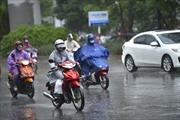 Thời tiết ngày 1/11: Hà Nội mưa rào, trời rét, Trung Bộ tiếp tục mưa to