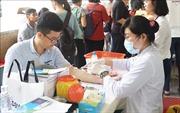 Đưa thuốc mới chữa viêm gan C vào danh mục Bảo hiểm Y tế